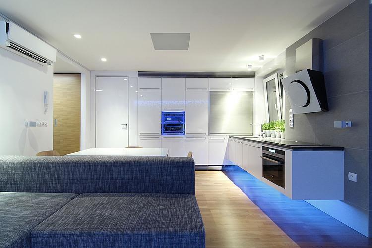 Amenajari-apartamente-mici - bucatarie-living