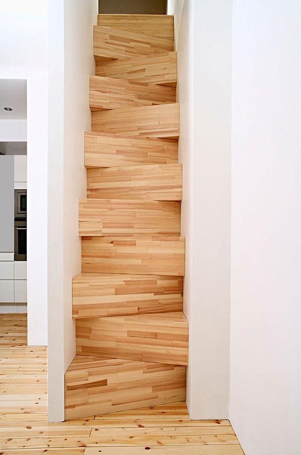 scara din lemn pentru spatii inguste