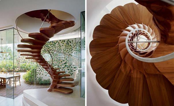 scari interioare eliptice cu trepte din lemn