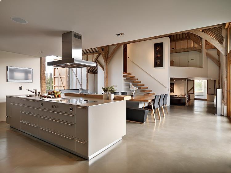 casa-rustica-amenajare-bucatarie-moderna