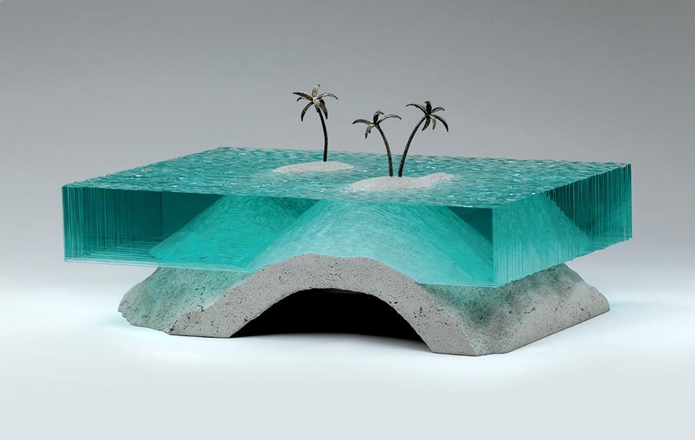 Artist-ben-young-glass-sculpture