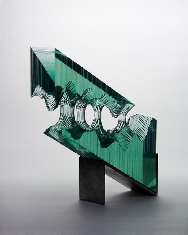 scupltura-sticla-stratificata