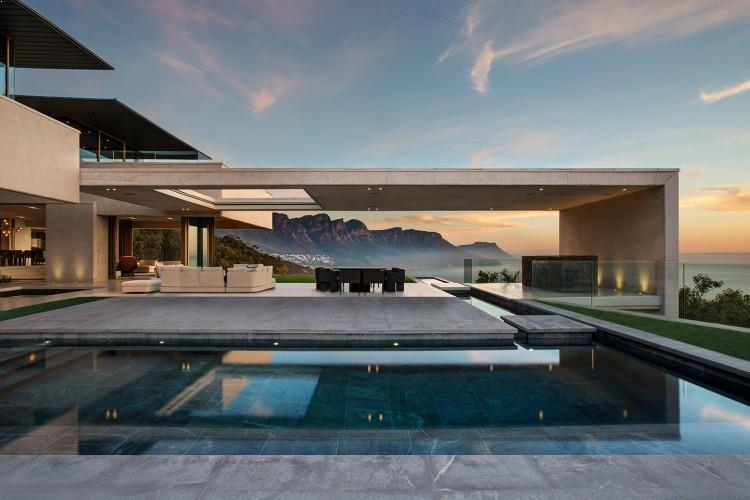 case frumoase cu terase mari