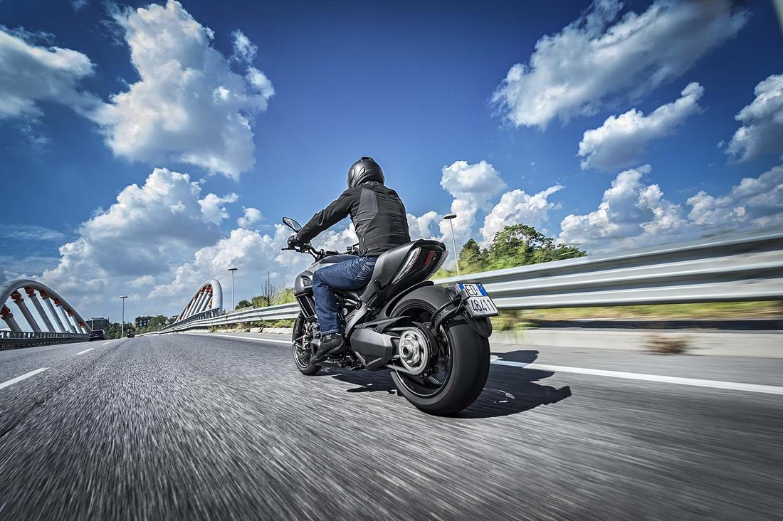 motociclete_de_vis_ducati