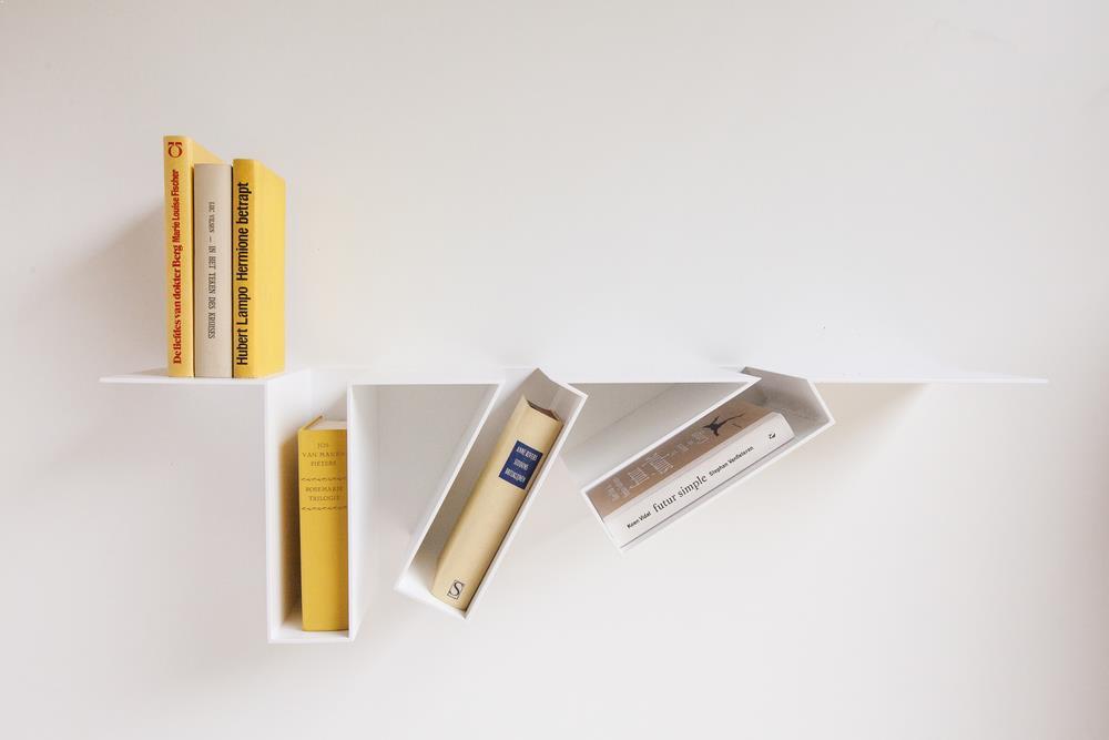 Raft carti realizat din metal