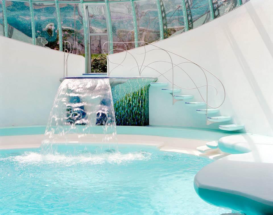 casa_de_vanzare_piscina_interioara_cascada