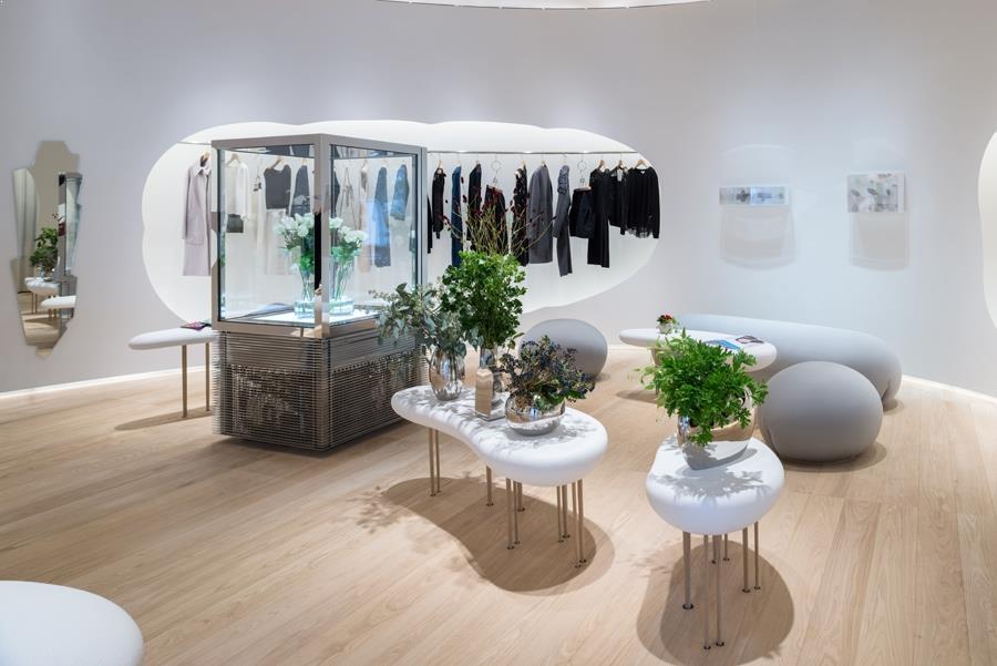 amenajare magazin detalii ale mobilierului de magazin