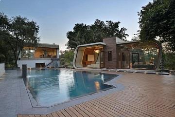 a_doua_casa_la_piscina