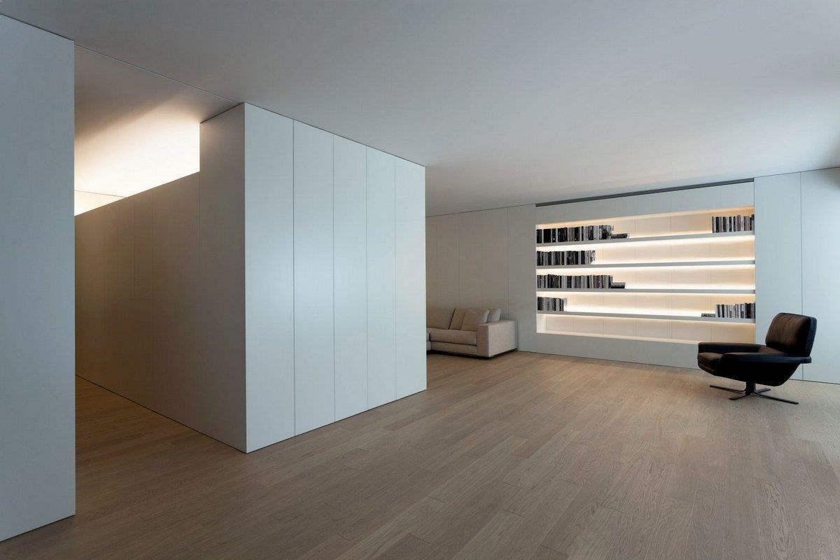 Biblioteca_alba_iluminata_indirect