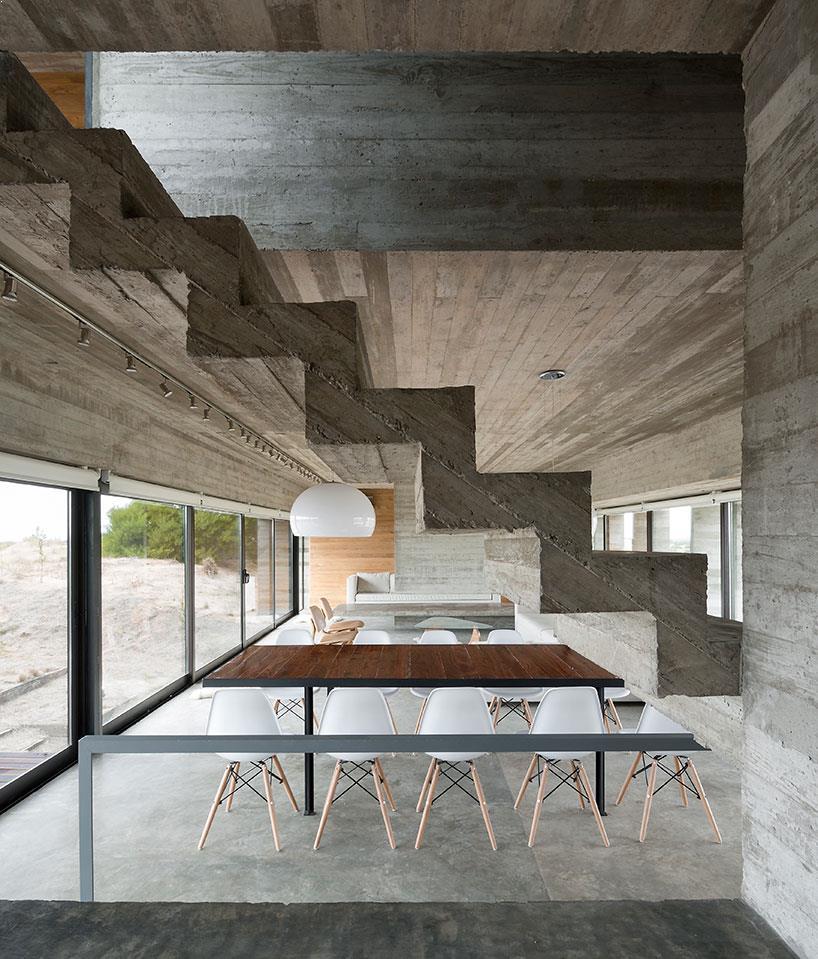 interioare_case_cu_beton_aparent