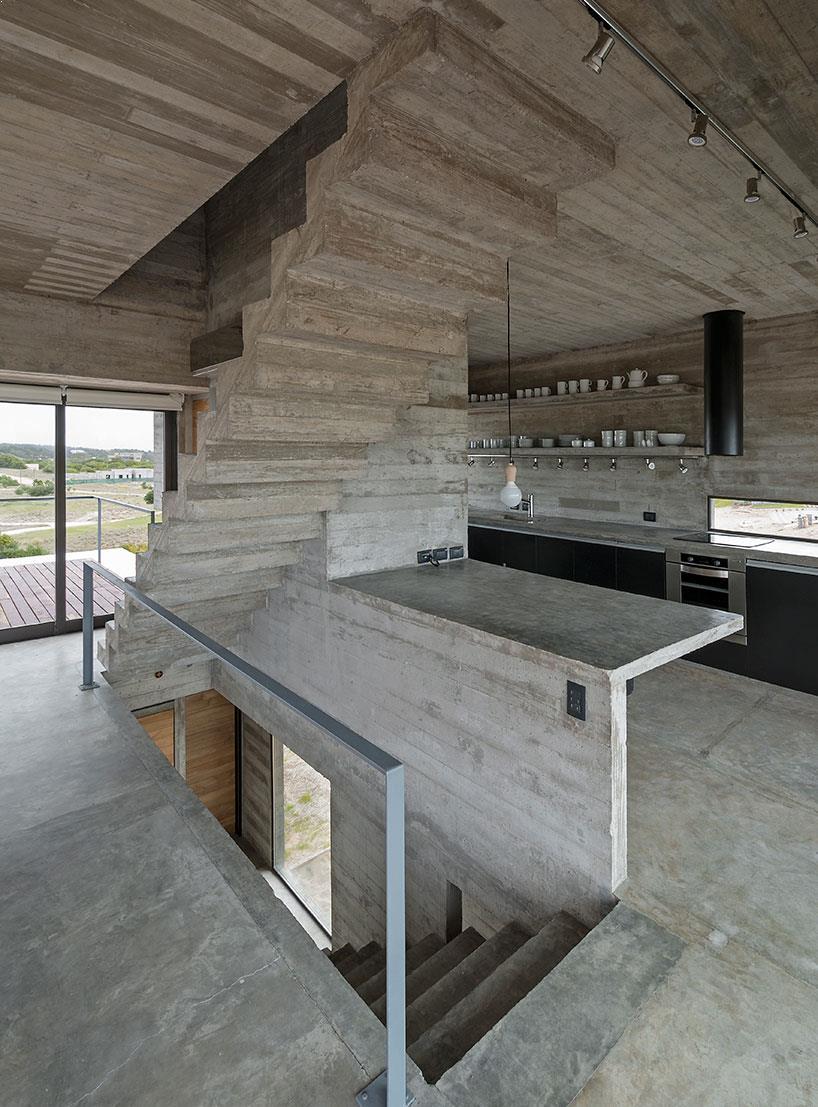scari_interioare_beton_aparent
