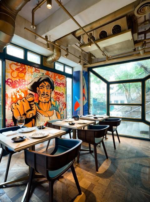 Design_restaurant_identitate_zugraveli_interioare