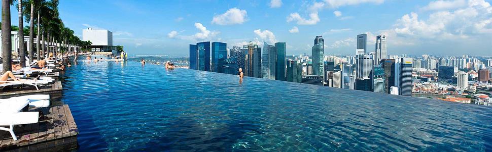 Piscina_exterioara_etaj_singapore