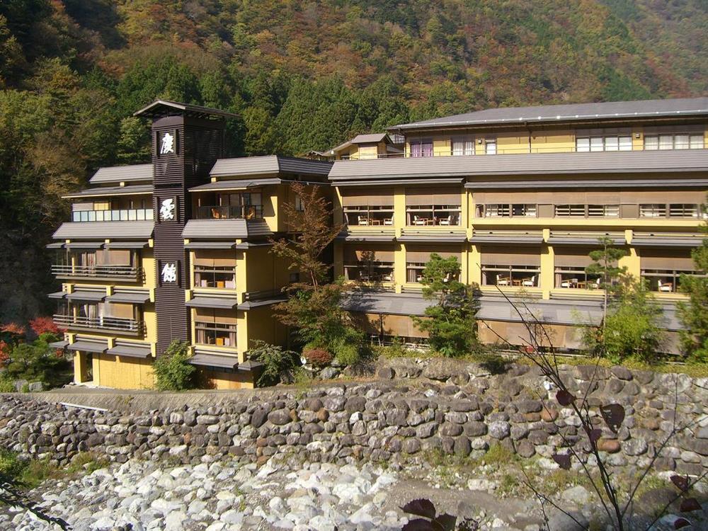 Arhitectura_hoteliera_japonia