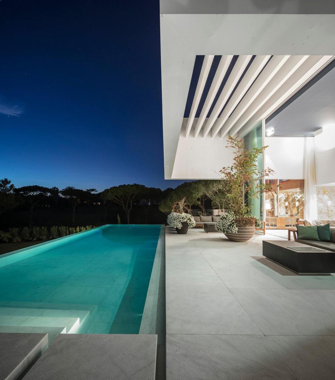 Hoover_casa_alba_piscina