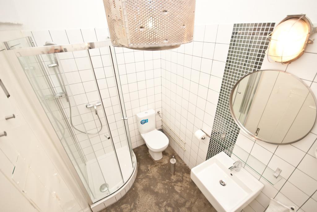 Amenajare_baie_hotel_design_industrial