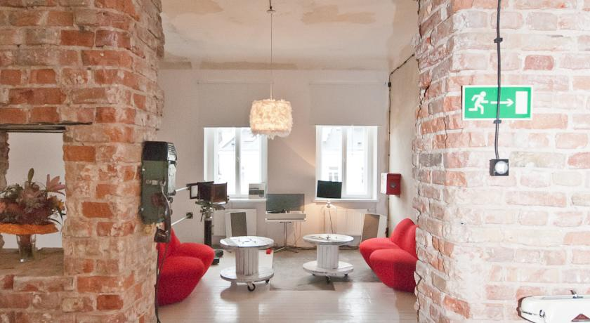 Industrial_retro_hotel_interior_design