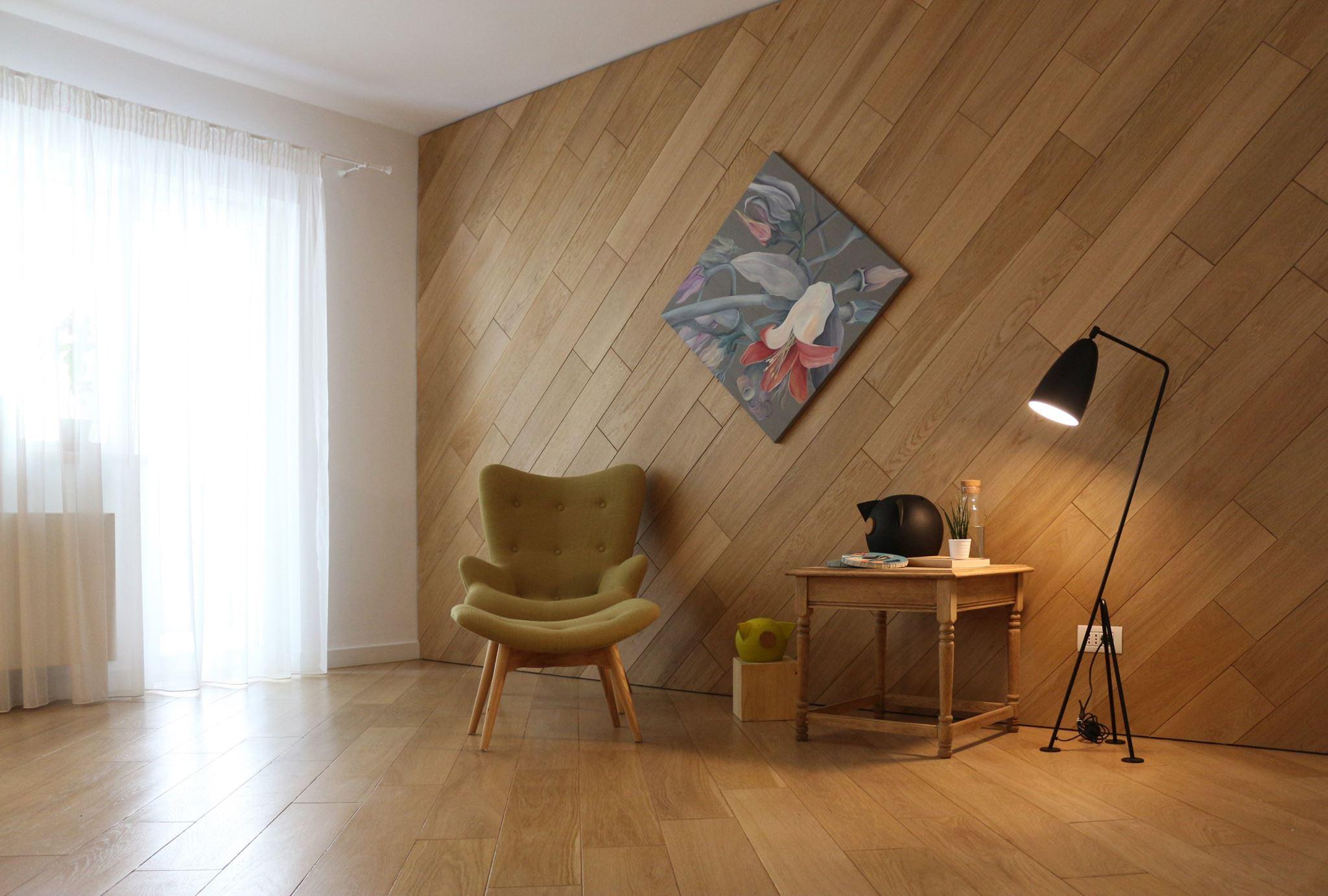 boiserie placare pereti interior cu lemn